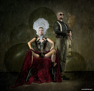 web-queen-and-her-guard-male1c-try2